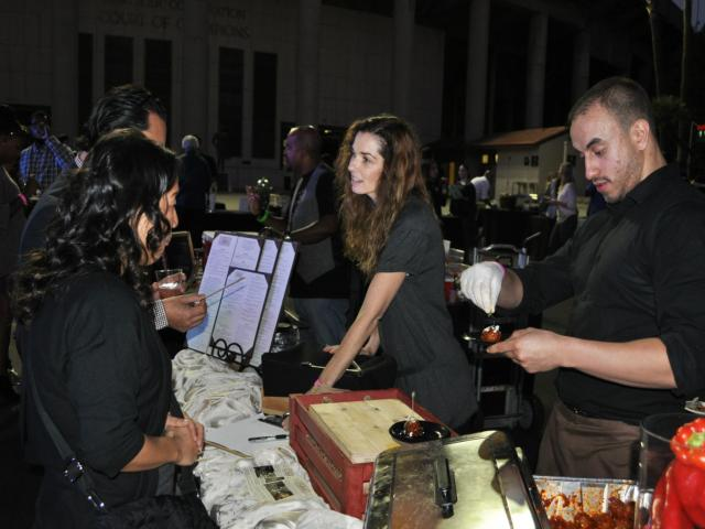 500 people enjoy food and drink at the Taste of Pasadena